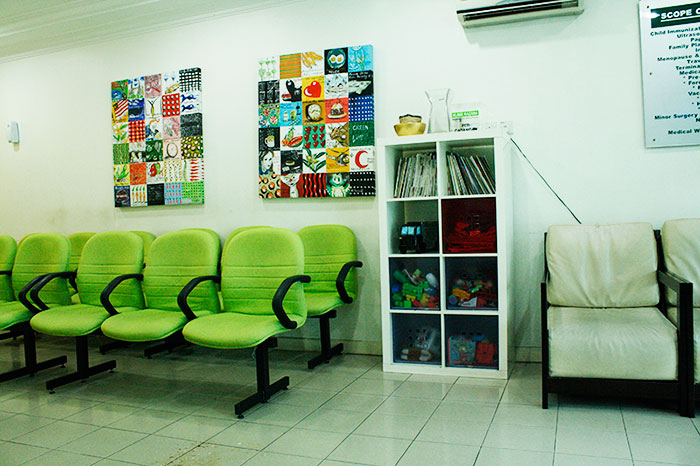 Razana Klinik Waiting Area